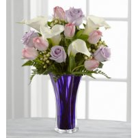 The FTD® Beautiful Expressions™ Bouquet, USA