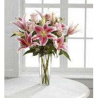 The FTD® Simple Perfection® Bouquet  BHG®, USA