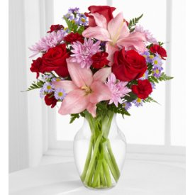 The FTD® Irresistible Love™ Bouquet - Flowers to  Burlington